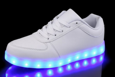 Retwin leuchtende Schuhe
